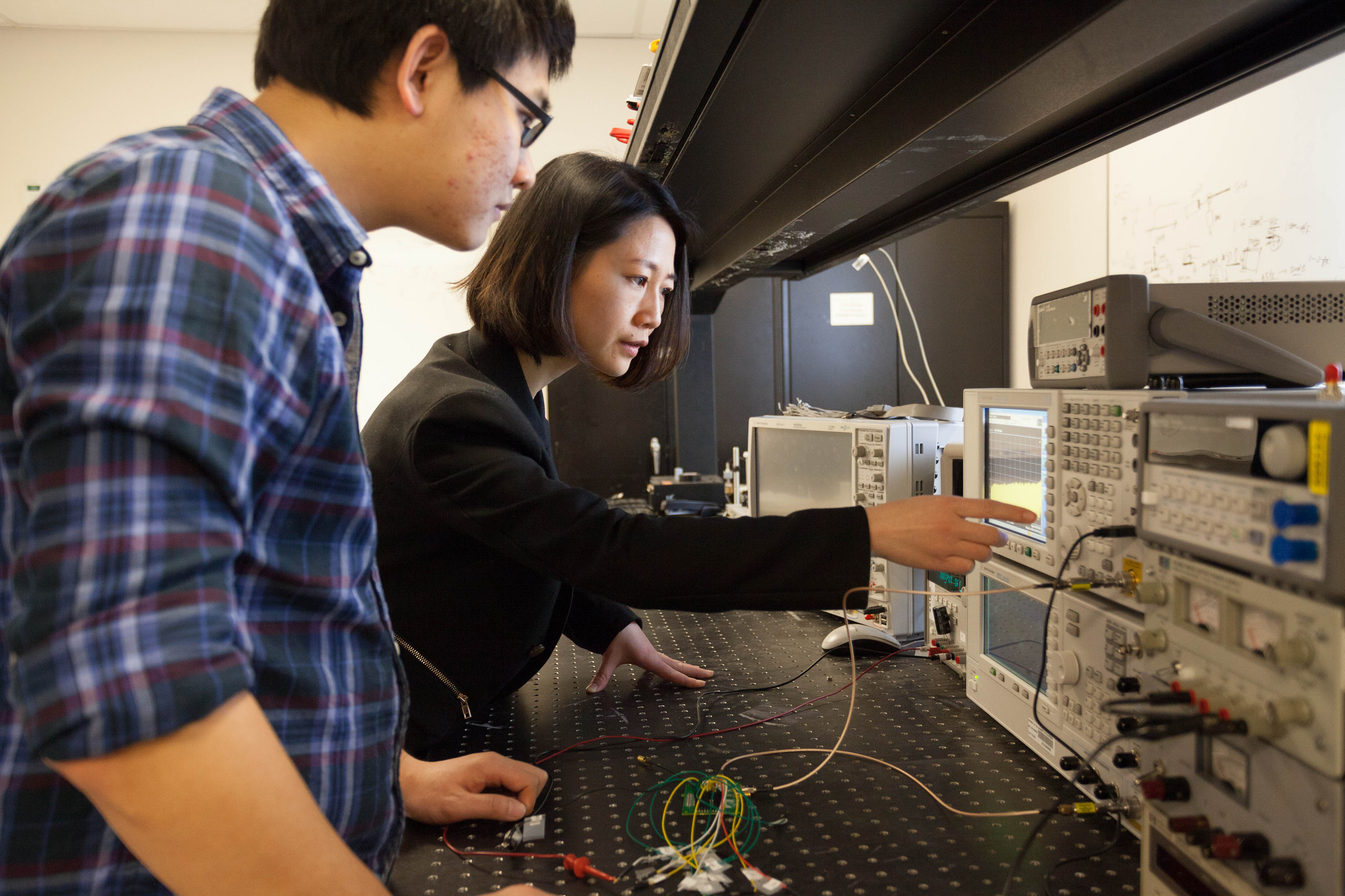 Ece Uc Davis Electronic Circuit Diagram Software Circuits Groups Interests Are In Analog And Digital Design Specifically Focusing On Designs For Integrated Cmos